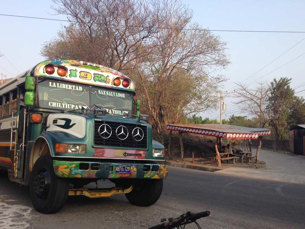 photo of entrance to El Zonte, El Salvador