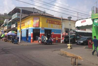 La Libertad bus 107 stop